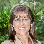 Donna Cardinale expert realtor in Treasure Coast, FL