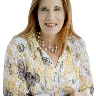 Karen Sandler expert realtor in Treasure Coast, FL