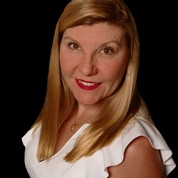 Kim Small expert realtor in Treasure Coast, FL
