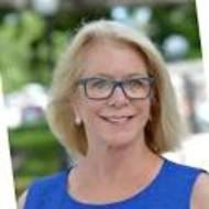 Julie Albert expert realtor in Treasure Coast, FL