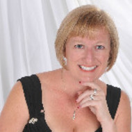 Pamela Lowe expert realtor in Treasure Coast, FL