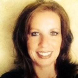 Christe Davis expert realtor in Louisville, KY