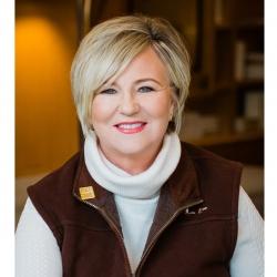 Karen Foster expert realtor in Louisville, KY